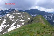 La cresta che termina alla P.ta della Valle