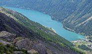 Splendida vista sul lago di Ceresole dal ripiano sotto il Lillet