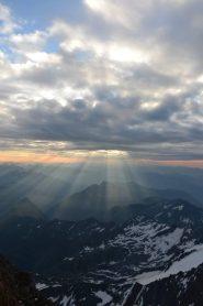 L'alba dalla cresta