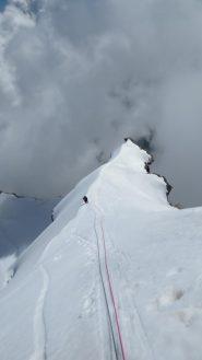 cresta di neve dopo il terzo risalto
