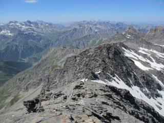 Dalla cima la via al colle d'Asti