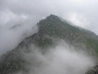 La nebbia nasconde il panorama