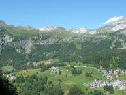 La valle e cime bianche