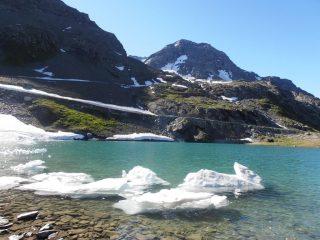 08 - disgelo su un lago