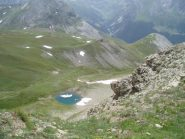 il laghetto sotto la cima