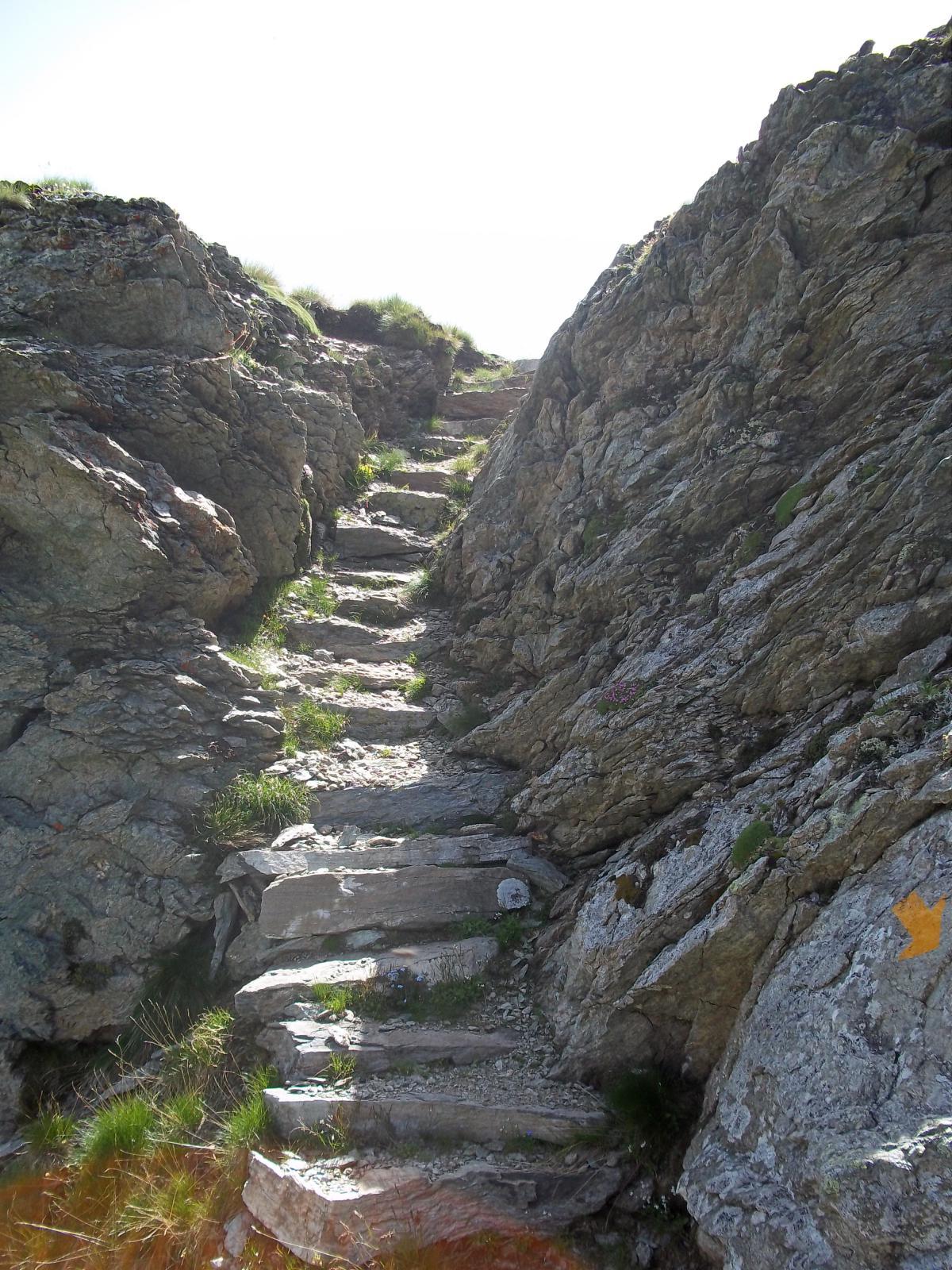scala rocciosa...
