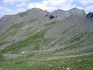 il sentiero per il colle del Pis visto dall'alto