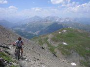 sullo sfondo il Monte Morefreddo 2769 m.