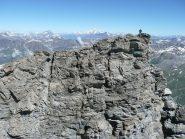 La cima vista dalla cresta che volge verso sud