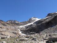 03 - prima di arrivare al ghiacciaio seguire le morene a sx, non il nevaio