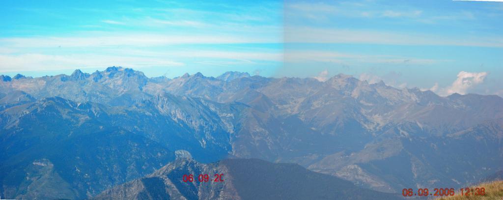 Parziale panorama dalla vetta (foto repert.)