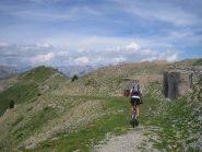 discesa tra quota 2512 m. e il Fort de la Grande Maye