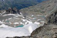 Visto dalla vetta, lo splendido scenario dei laghi di Uselettes