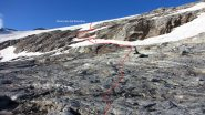 la parte alta delle placconate con la via più agevole per arrivare al ghiacciaio (17-8-2013)