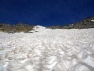 Canalino con la poca neve rimasta prima del colle del Rutor