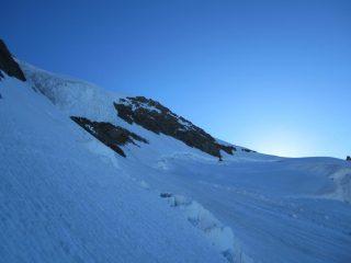 iil plateau superiore con le rocce della Walker sullo sfondo