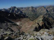 dalla vetta, vista sul vallone di salita, a dx il contrafforte Ovest della Rocca Pan Perdu