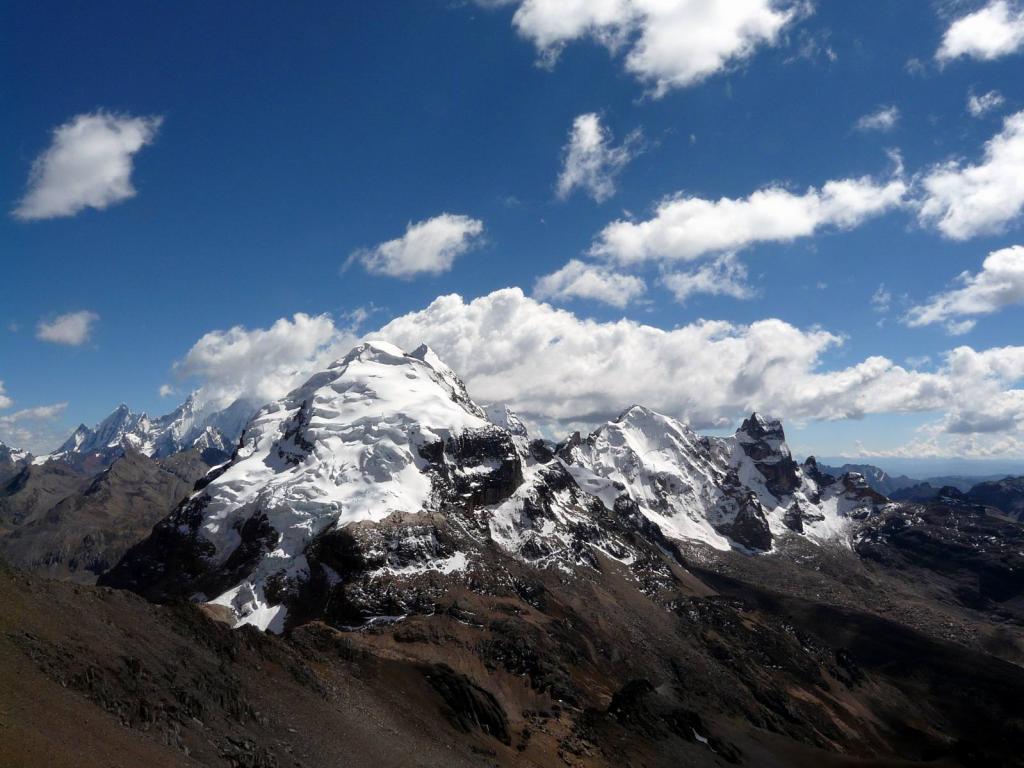 Pumarinri (Nevado) dal campo di Laguna Viconga 2013-08-29