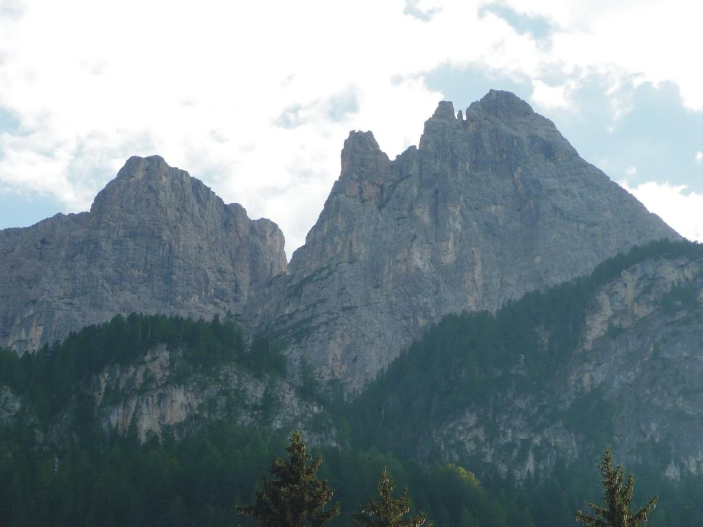 da sinistra: Burgstall, Punta Euringer e Punta Santner da Bad Ratzes