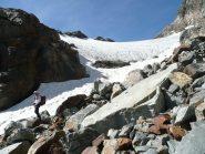 Attacco del piccolo ghiacciaio che conduce al colle