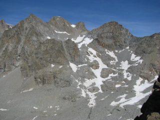 Dalla vetta,  vista su Becca di Noaschetta al Colle del Grand Croux