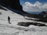 Attraverso le ultime propaggini del ghiacciaio Ferrand