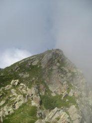 in prossimità della cima
