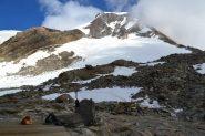 dal rifugio, il ghiacciaio di accesso alla Capanna Gnifetti