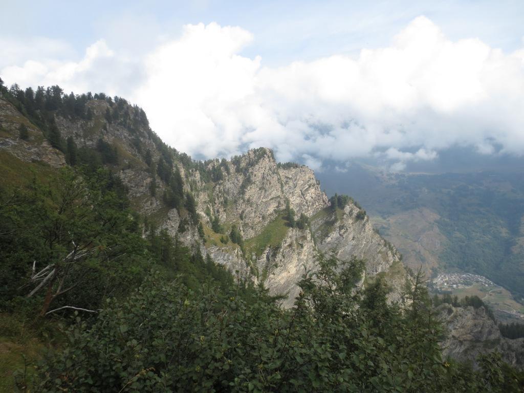 Rocca di Laux