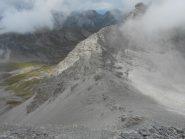 dalla cima verso il passo, a sx il Vallon de Pelouse
