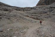 salendo verso lo sbarramento roccioso finale (8-9-2013)