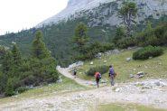 riprendiamo il cammino verso il Passo Tadega (8-9-2013)