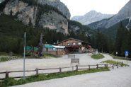la Capanna Alpina, punto di partenza per la salita al Piz Lavarella (8-9-2013)