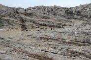 superando il gradino roccioso che porta verso la forcella di quota 2885 m. (8-9-2013)