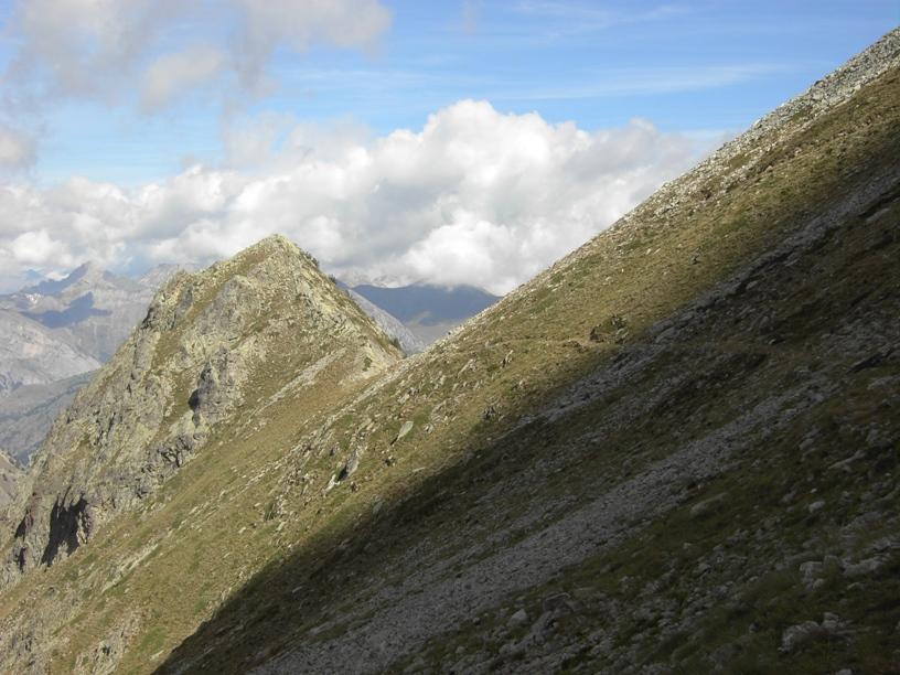 1.Colle sotto la vetta(visto dal Passo Ciarnier).