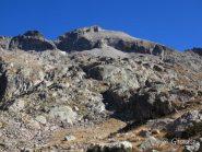 La discesa dal Cayre verso i Lacs Balaour