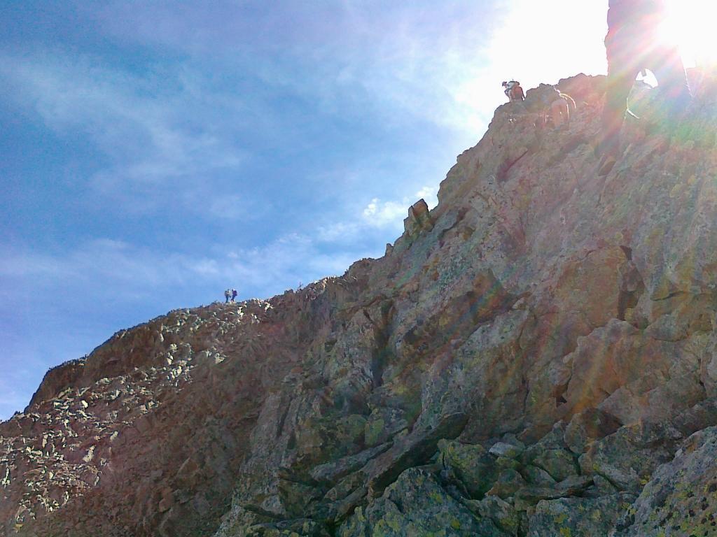 ultimi passaggi d'arrampicata