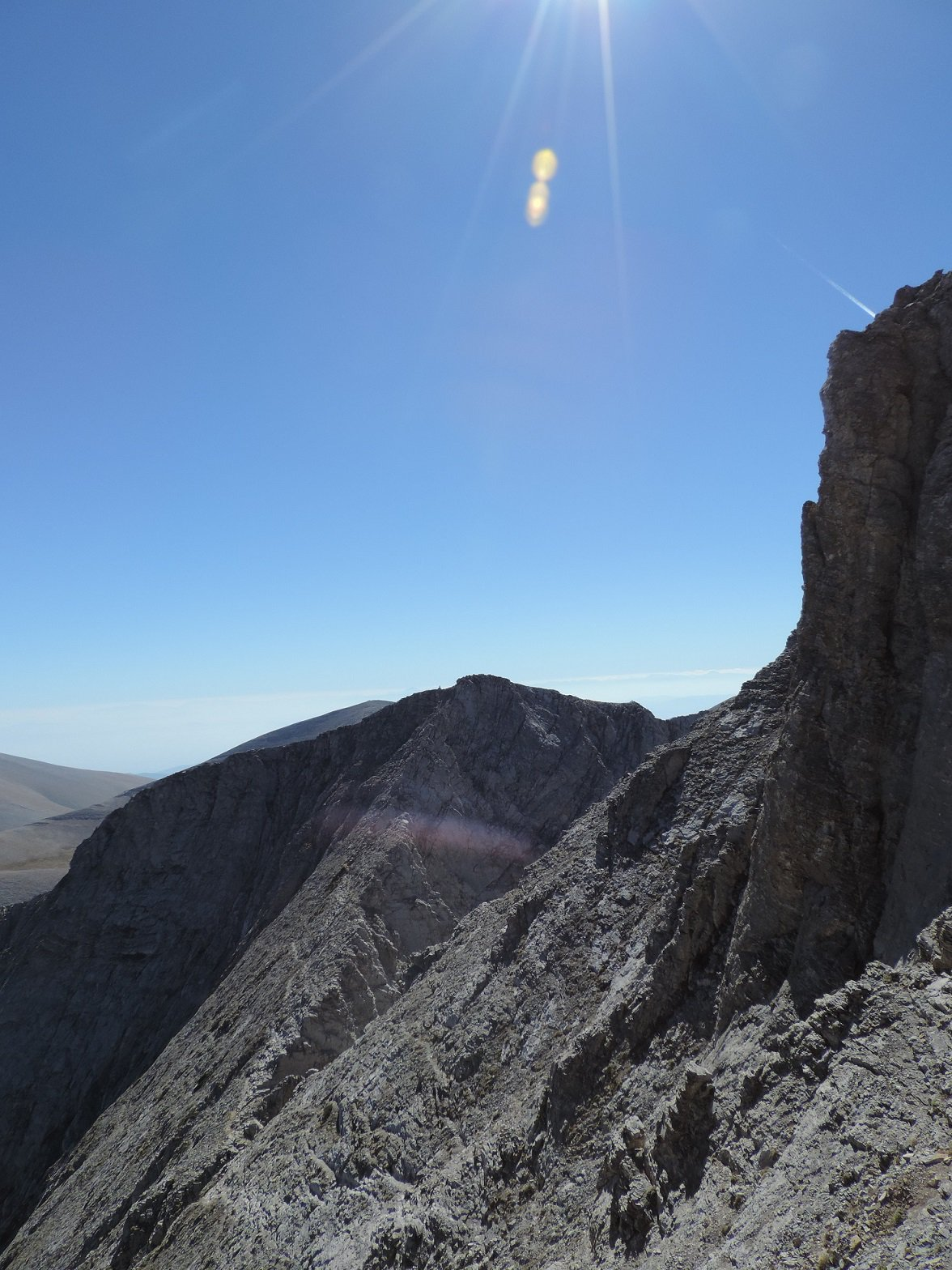 la cresta verso Skala vista da metà salita
