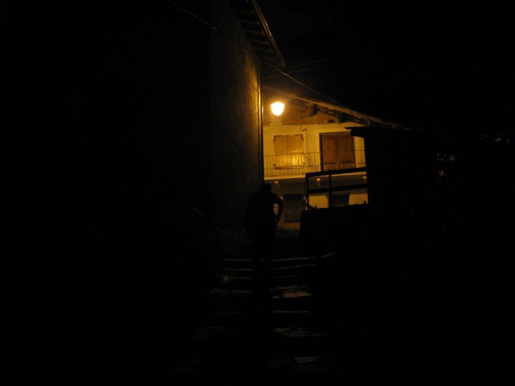 Partenza con la pila, a Chiapetto è ancora notte