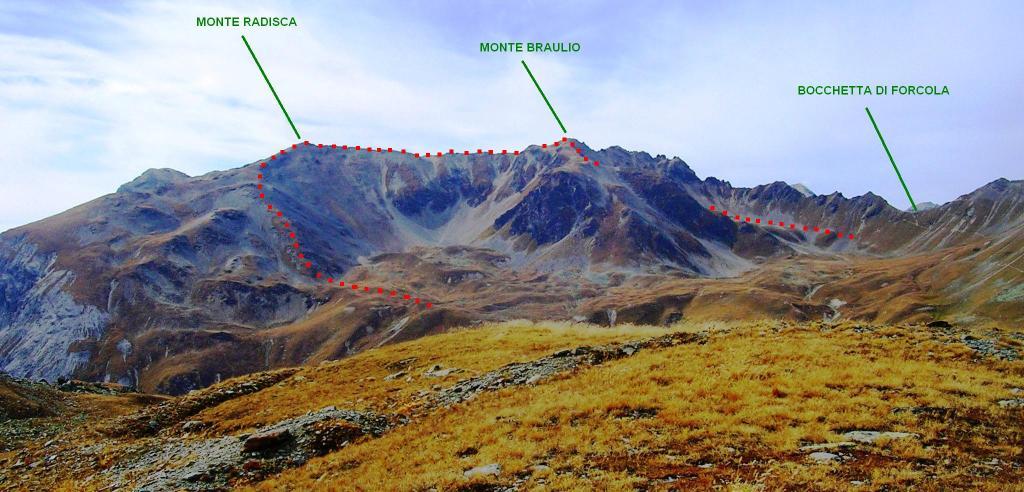 In rosso, la parte fuori sentiero vista dalle Rese Basse