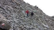salendo lungo il versante SO del Bric Ghinivert...02 (28-9-2013)