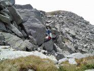 Zona rocciosa da aggirare, a circa 2400 m