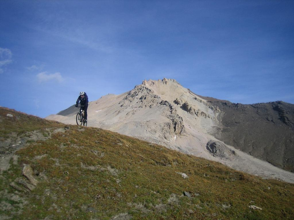 versante ovest della cima del Vallonetto