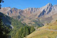 Cresta di Serena e Creton du Midi visti dall'Alta Via 1 presso l'Alpe di Devies (Ottobre 2010)