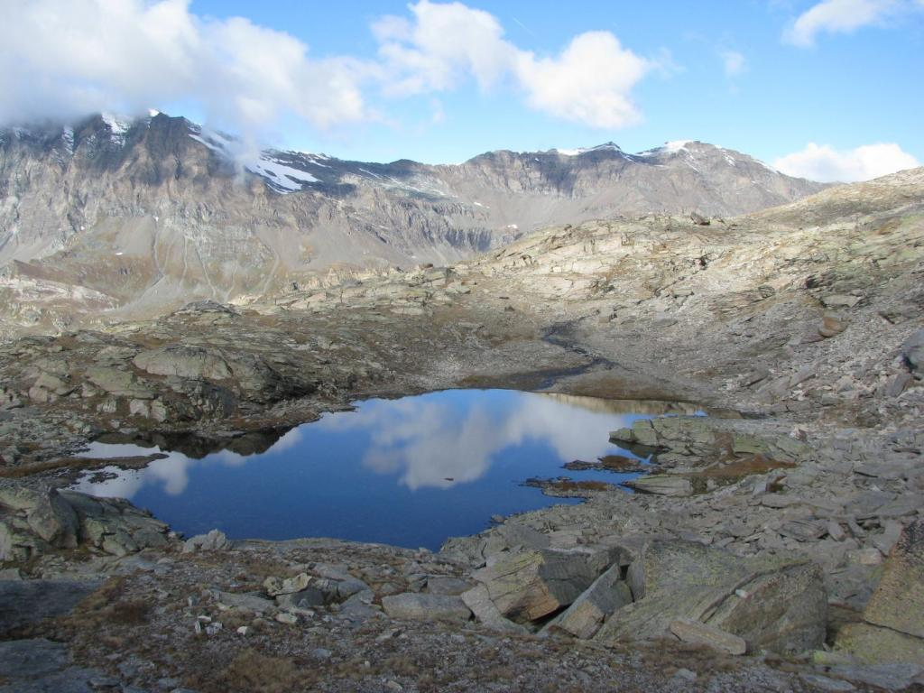 Lago di quota 2759
