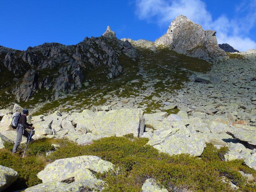 Prafiorito (Costa o Cresta di) quota 2545 m da Tressi per l'Alpe Giavino 2013-10-11