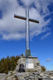 croce di vetta del Monte Carmo