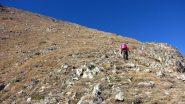 Gianfranco in salita sull'ampio costolone Est del Laroussa (12-10-2013)