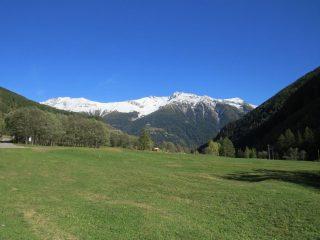 Verso valle con, Cima Ganani e Cima Grande