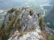 La facile cresta finale e la valle